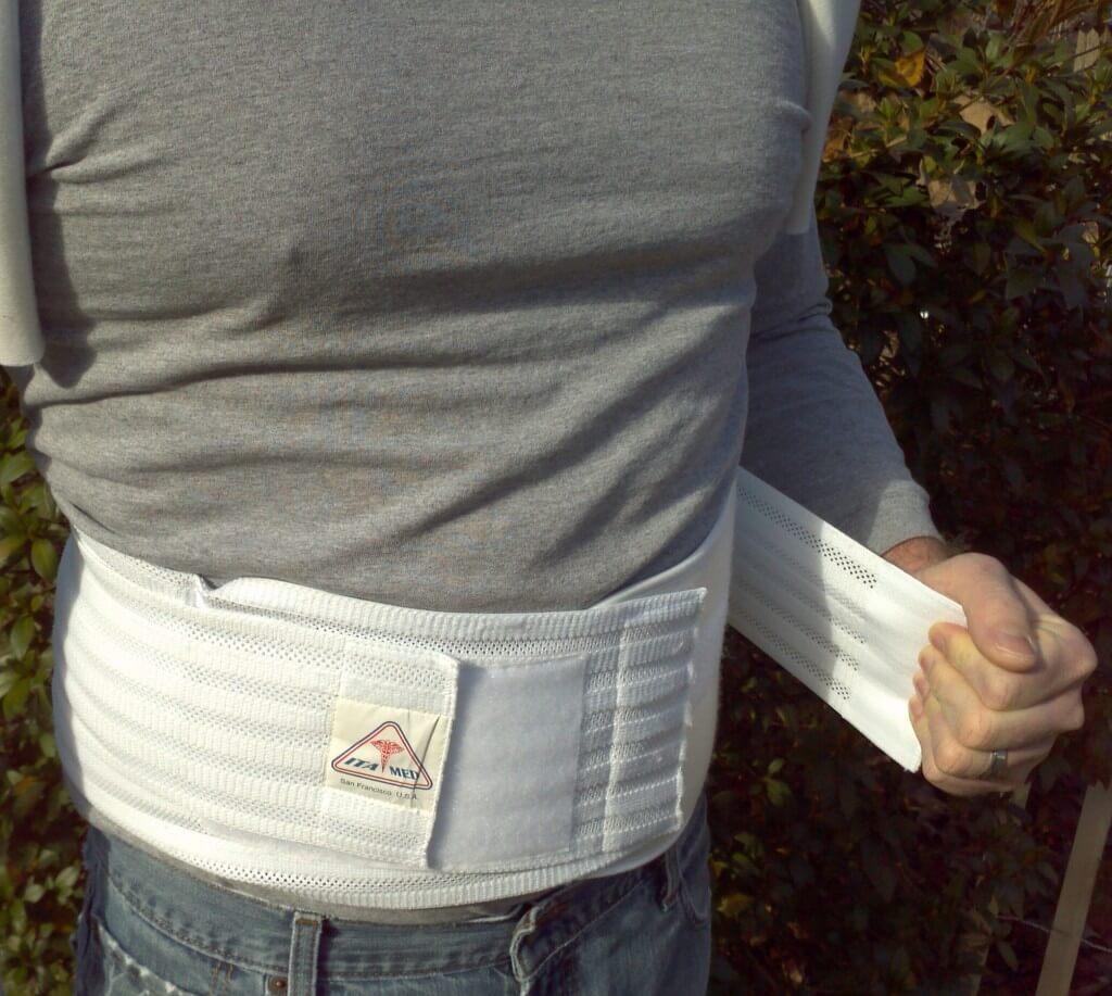 Adjust closure using two extra waist pulls