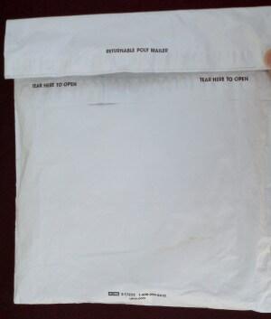 Reclosable mailer