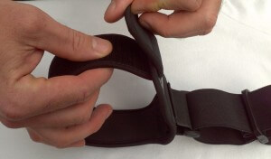 Adjust the arm cuff so that its slightly larger than circumference of bicep